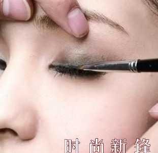 眼睛化妆 正确的眼部化妆步骤