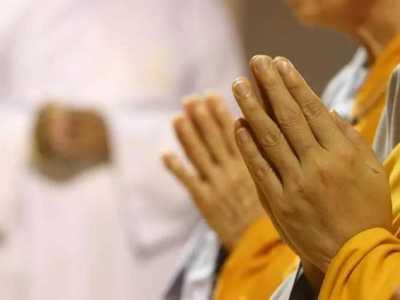 哪些人不能去寺庙烧香 三种人不能拜佛的禁忌