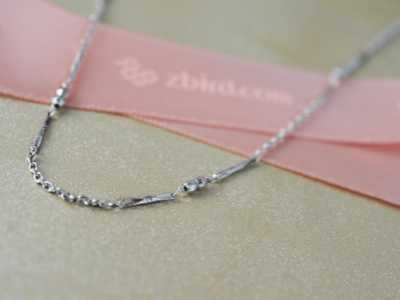 情人节送礼物的含义 情人节送什么礼物给女友才合适